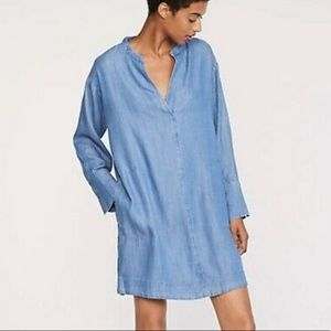 Chambray Split Neck Pocket Dress